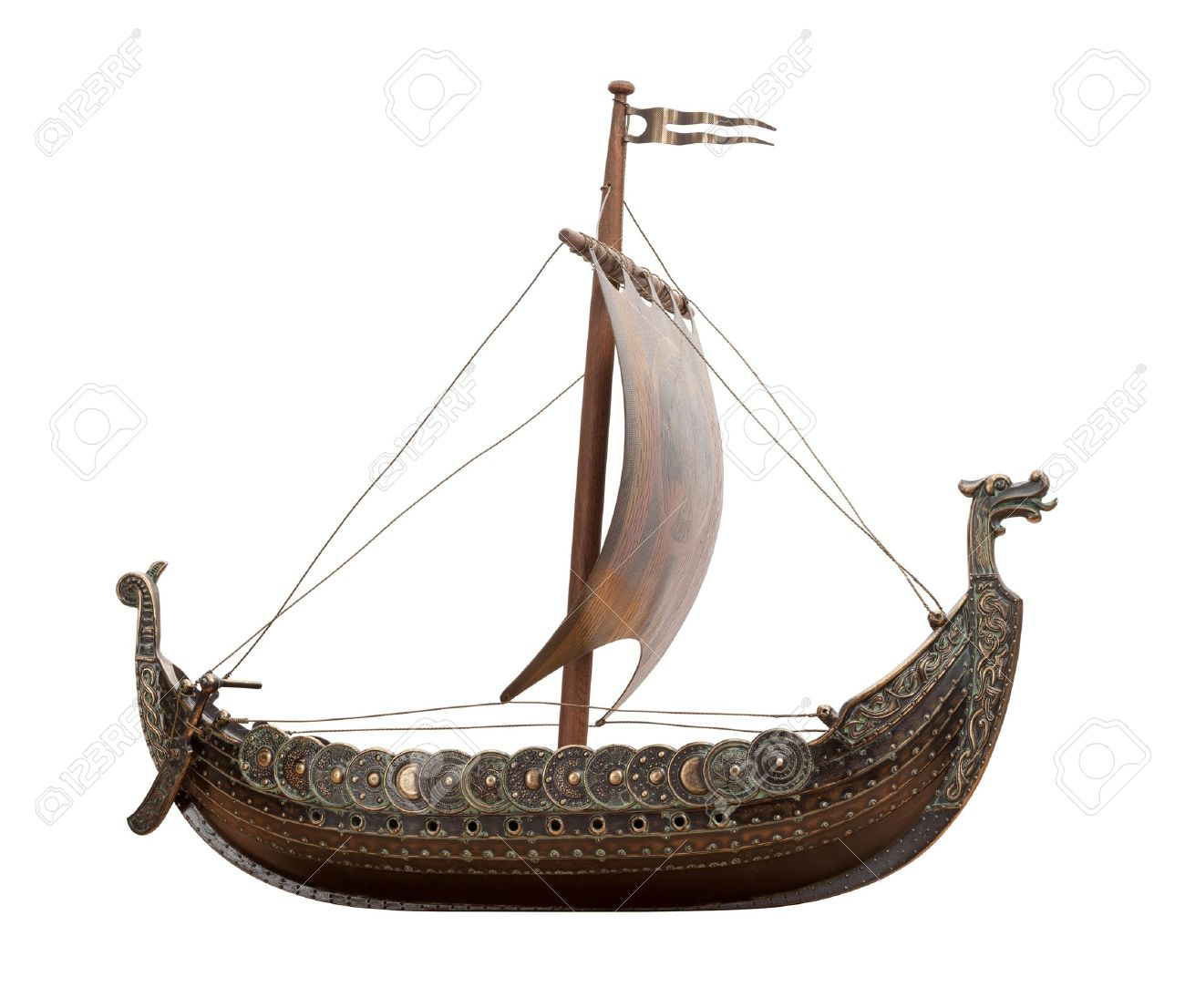 Resultado de imagen de parte frontal barco vikingo