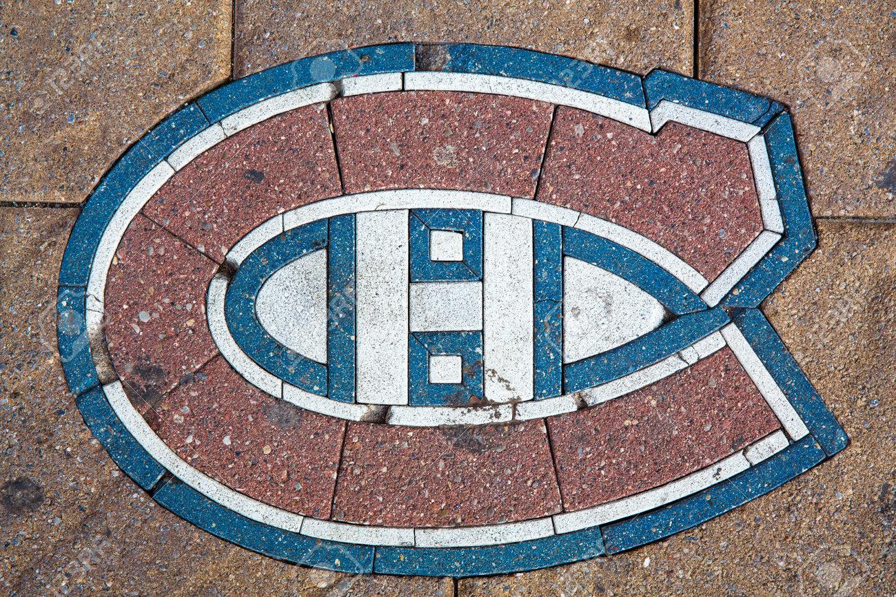 Las Alcantarillas de Japón - Página 4 98651600-montreal-canada-21st-august-2014-the-emblem-for-the-montreal-canadiens-ice-hockey-team-set-into-the-