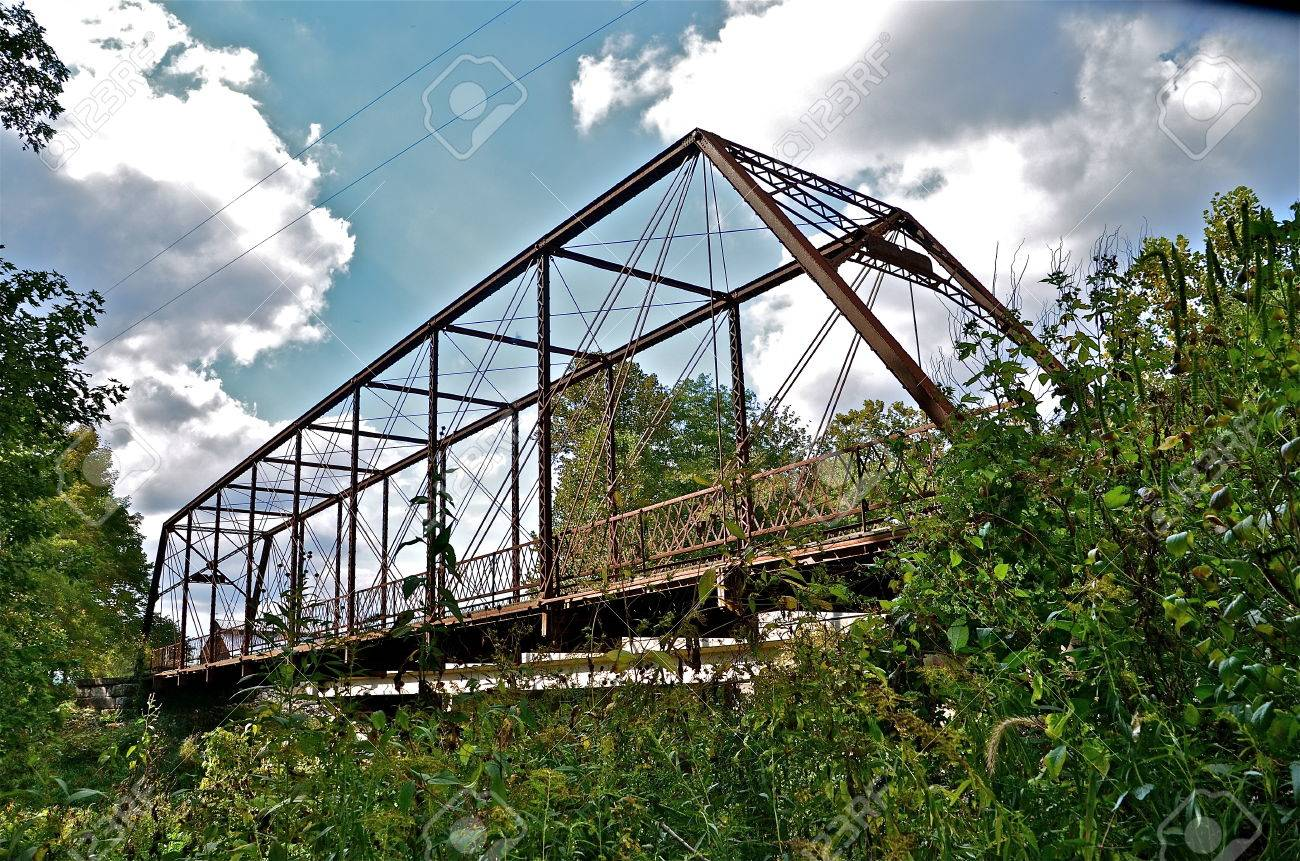 the whipple truss bridge spans the big raccoon river in indiana