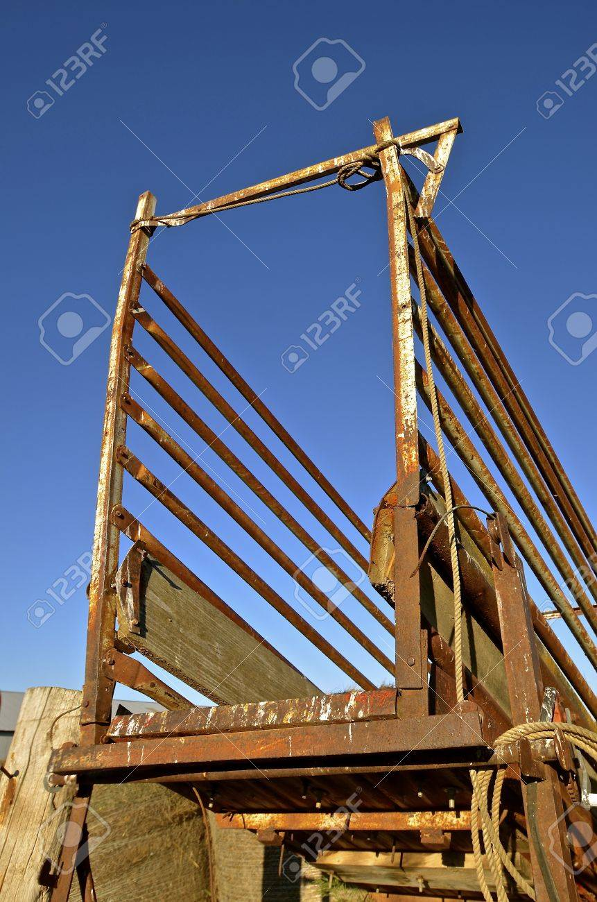 Chute For Loading Cattle And Livestock Unto A Trailer For
