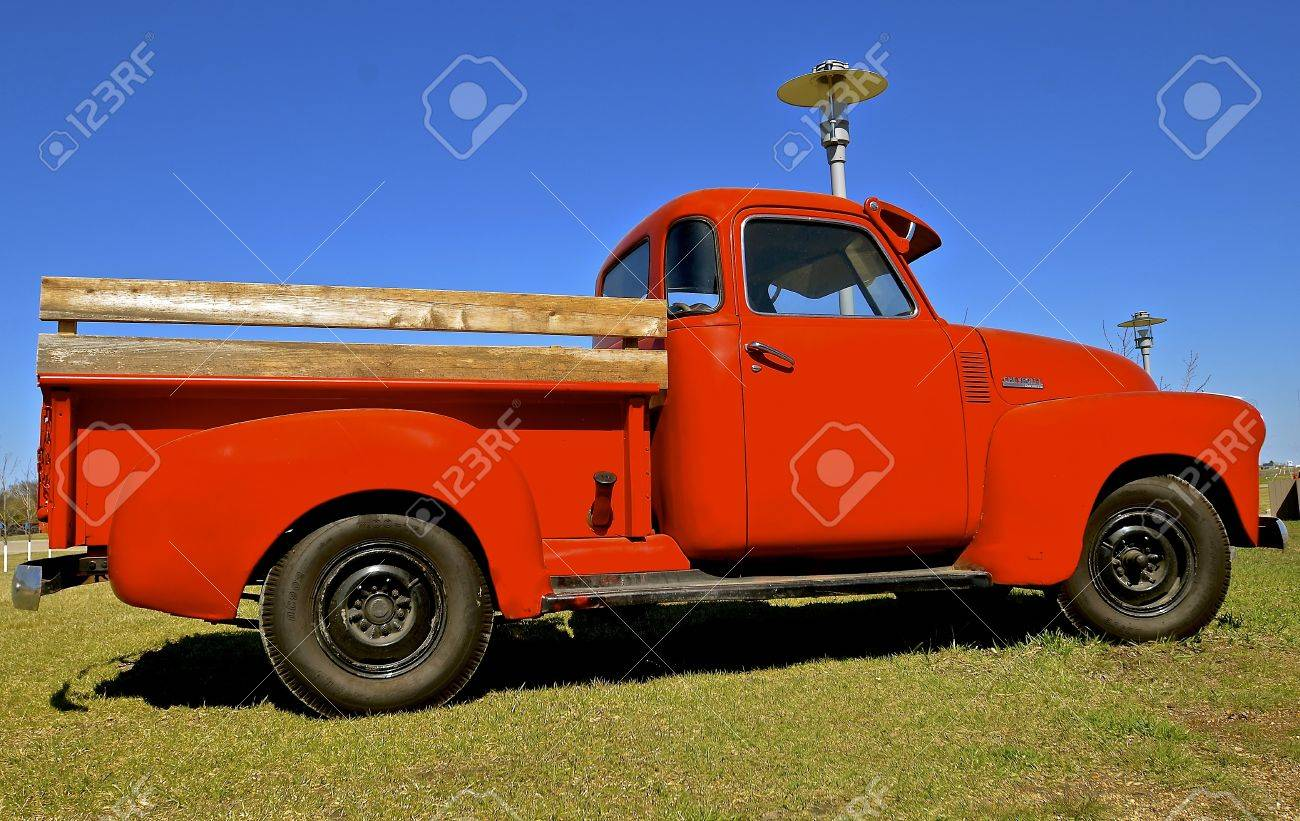 MOORHEAD, MINNESOTA, April 21, 2017: : The Old Pickup From The ...