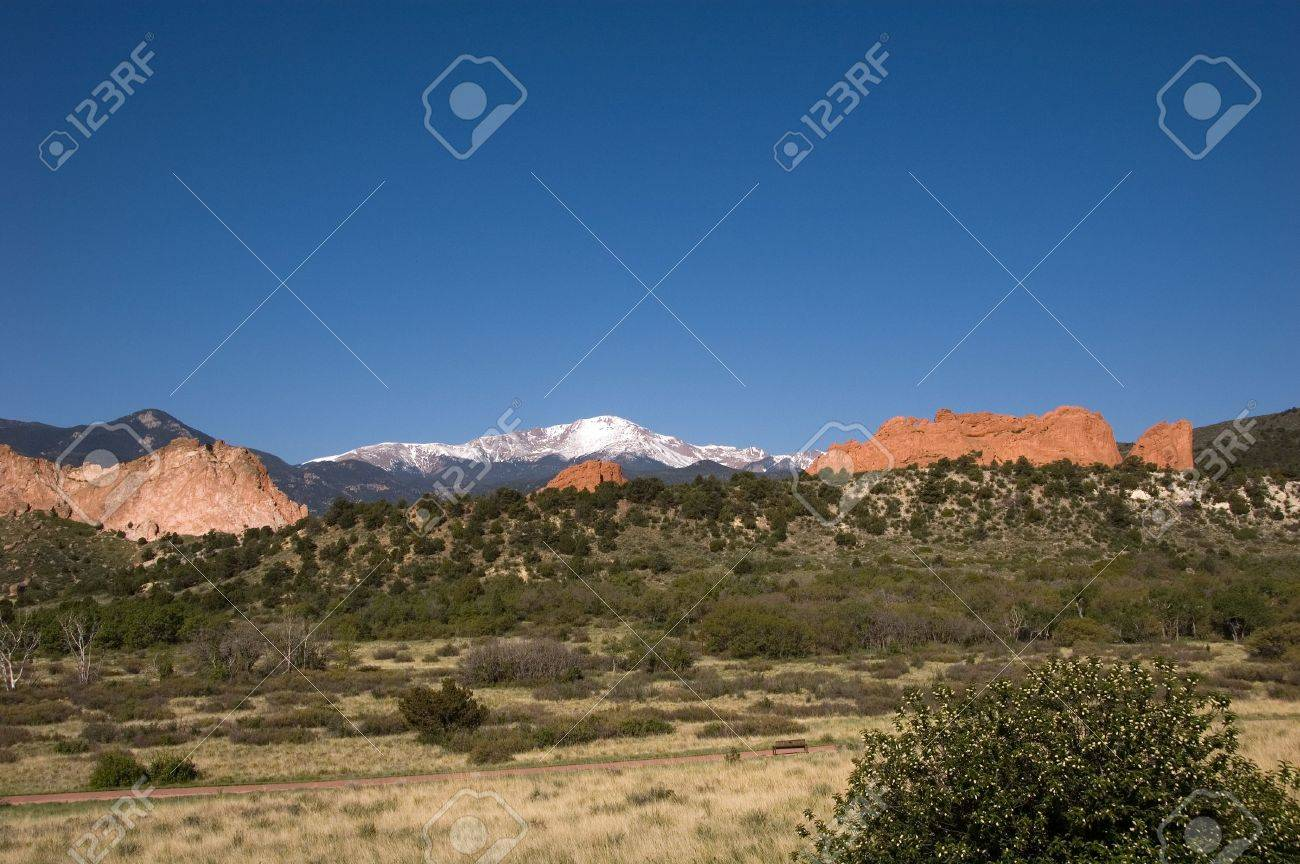 Pike S Peak And The Kissing Camels At The Garden Of The Gods