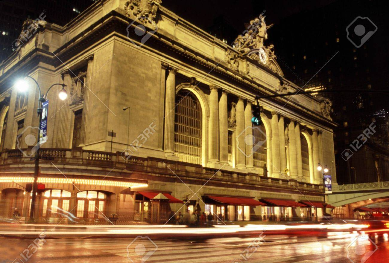 grand central terminal station at night with cars driving by Stock Photo - 219023