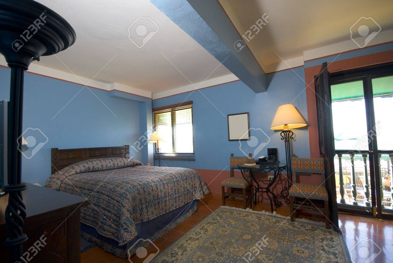suite room in luxury hotel old san juan, puerto rico former convent Stock Photo - 888999