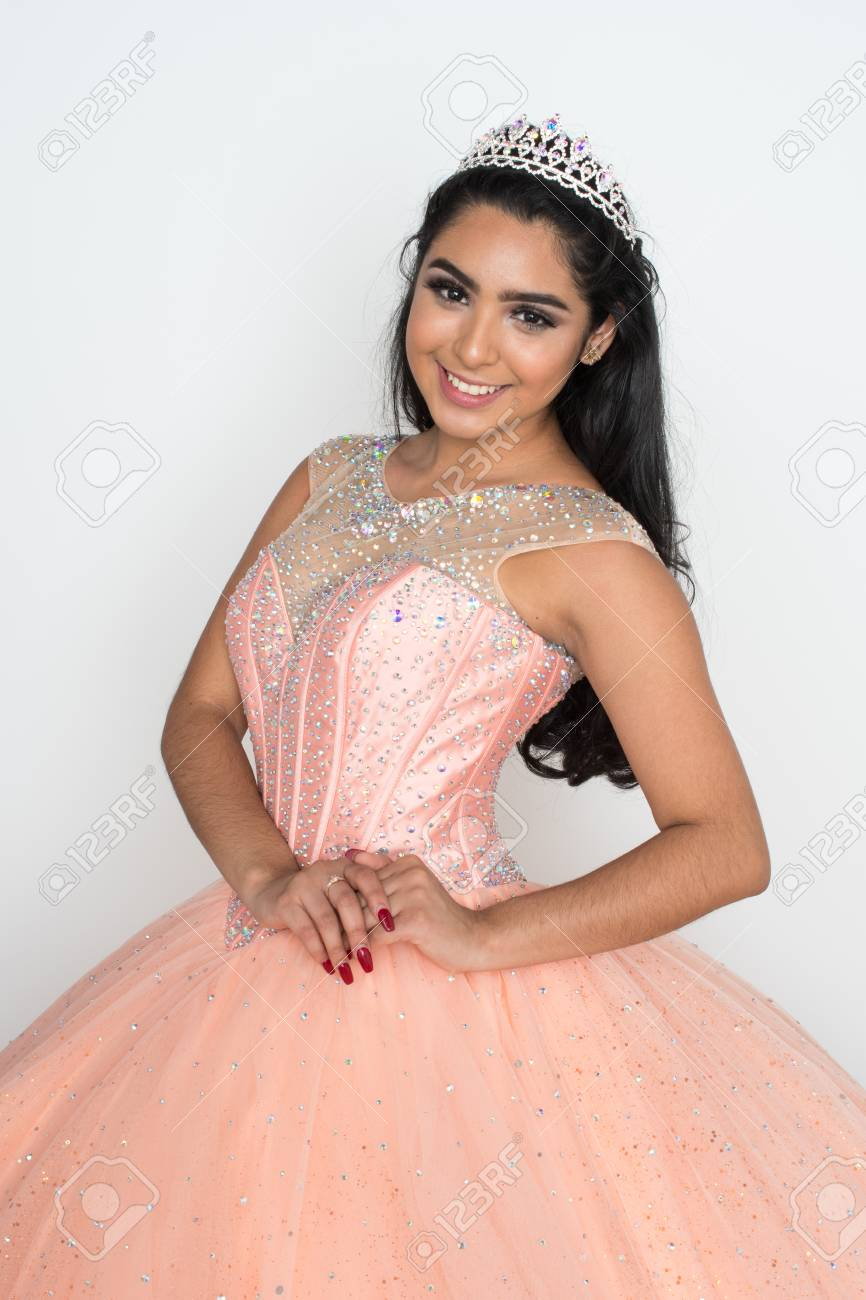 Teen girl competing in a beauty pageant - 92681247