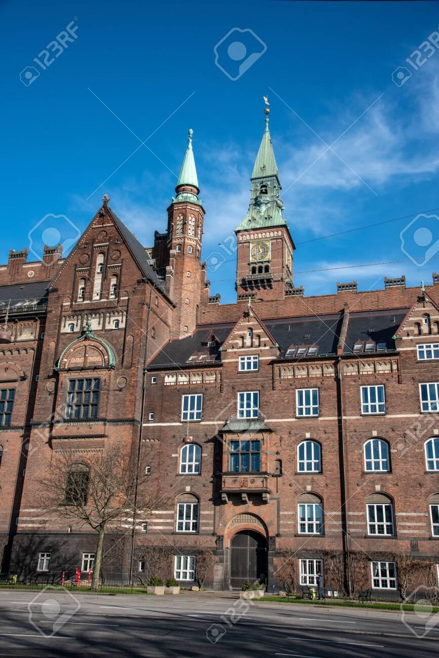 Facade of the city hall in Copenhagen (DK) - 154537622