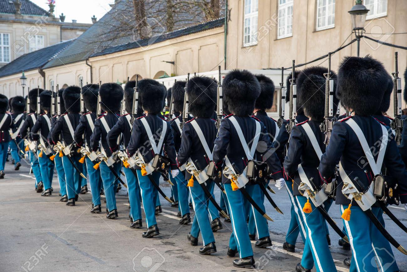 Copenhagen Royal Life Guards marching to Amalienborg Palace - 154544673
