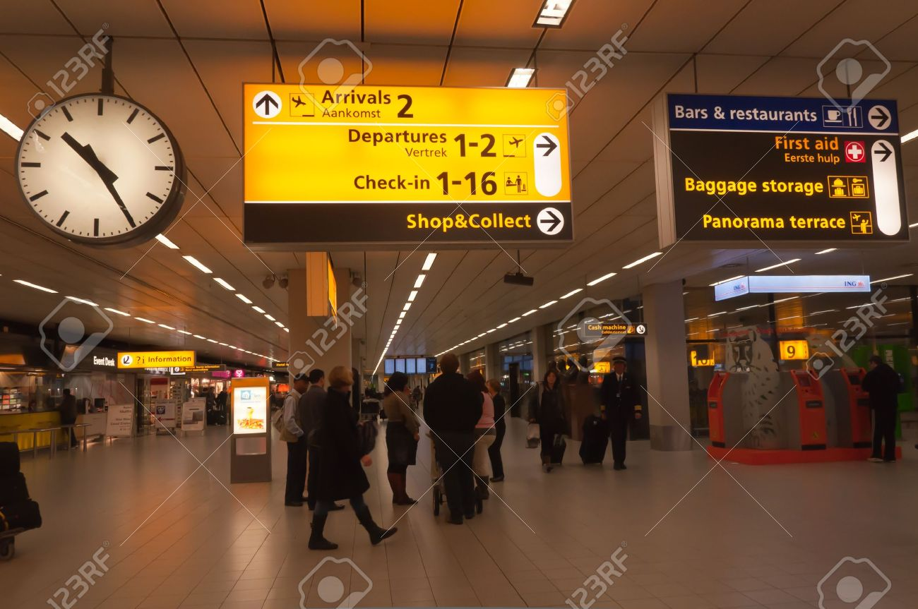 Aeroporto Guangzhou Arrive : Schiphol north holland netherlands january 21 2012 departure