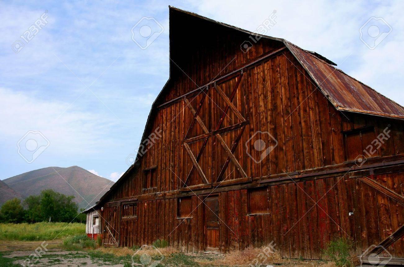 Rustic old barn located in Hailey Idaho Stock Photo - 3303628