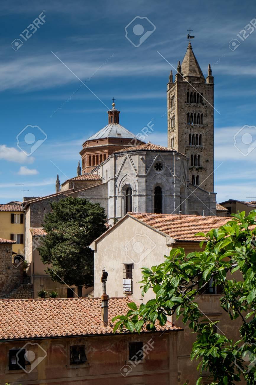 マッサ ・ マリッティマ、トスカーナ、聖 Cerbone 大聖堂、イタリアで ...
