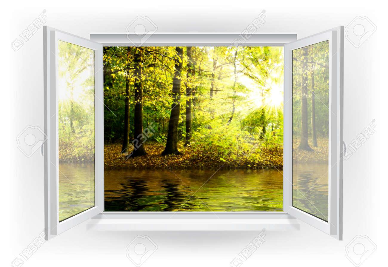 Offenes fenster holz  Offene Fenster Mit Wald Auf Einem Hintergrund Lizenzfreie Fotos ...