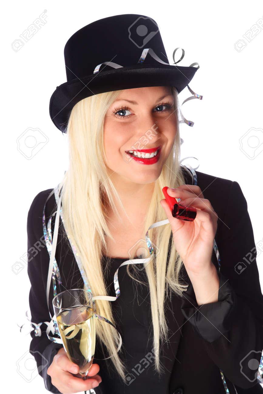Schöne Party Dame Trägt Ein Schwarzes Kleid Und Hut Hält Ein Gebläse ...