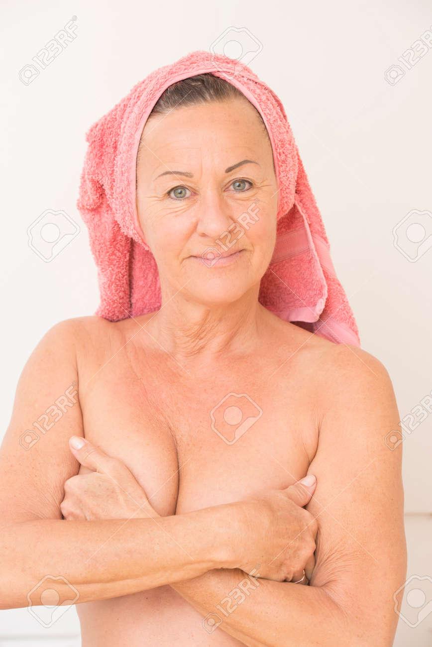 Frauen mit kopftuch nackt