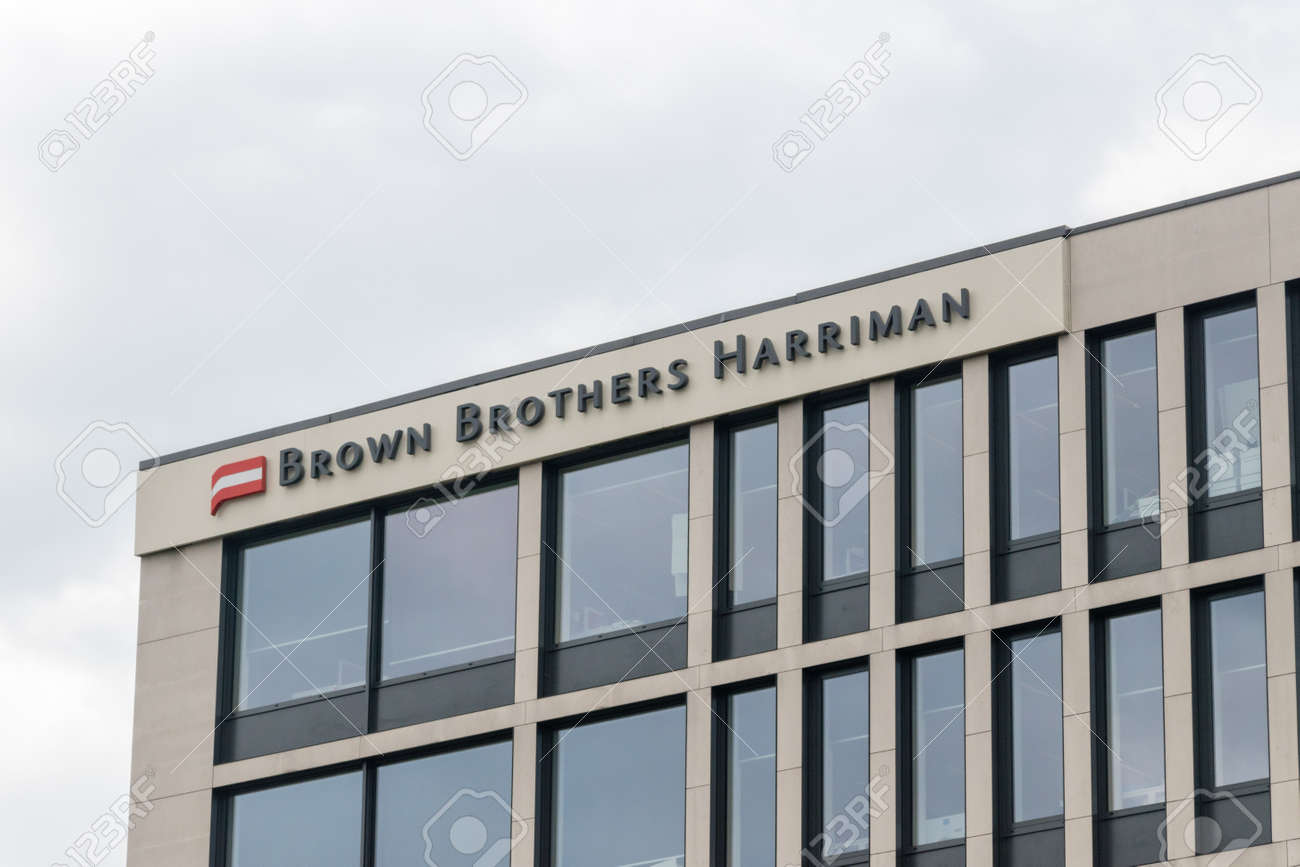 Luxembourg, Luxembourg - June 5, 2019: Brown Brothers Harriman sign on the roof of building. Brown Brothers Harriman is the oldest and one of the largest private banks in the United States. - 128623551