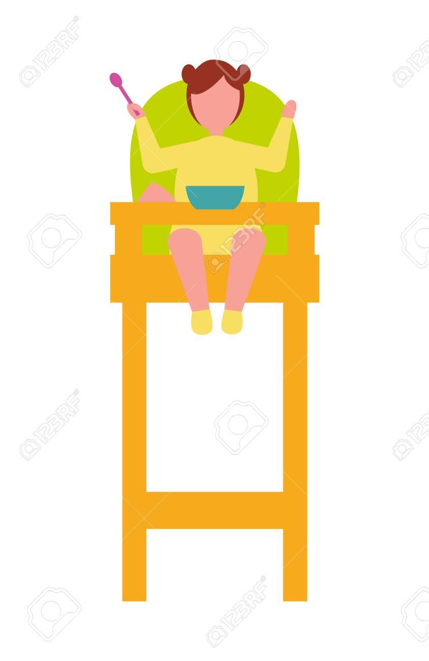 Enfant En Bas Age Sasseoir Dans La Chaise Haute Avec Cuillere A