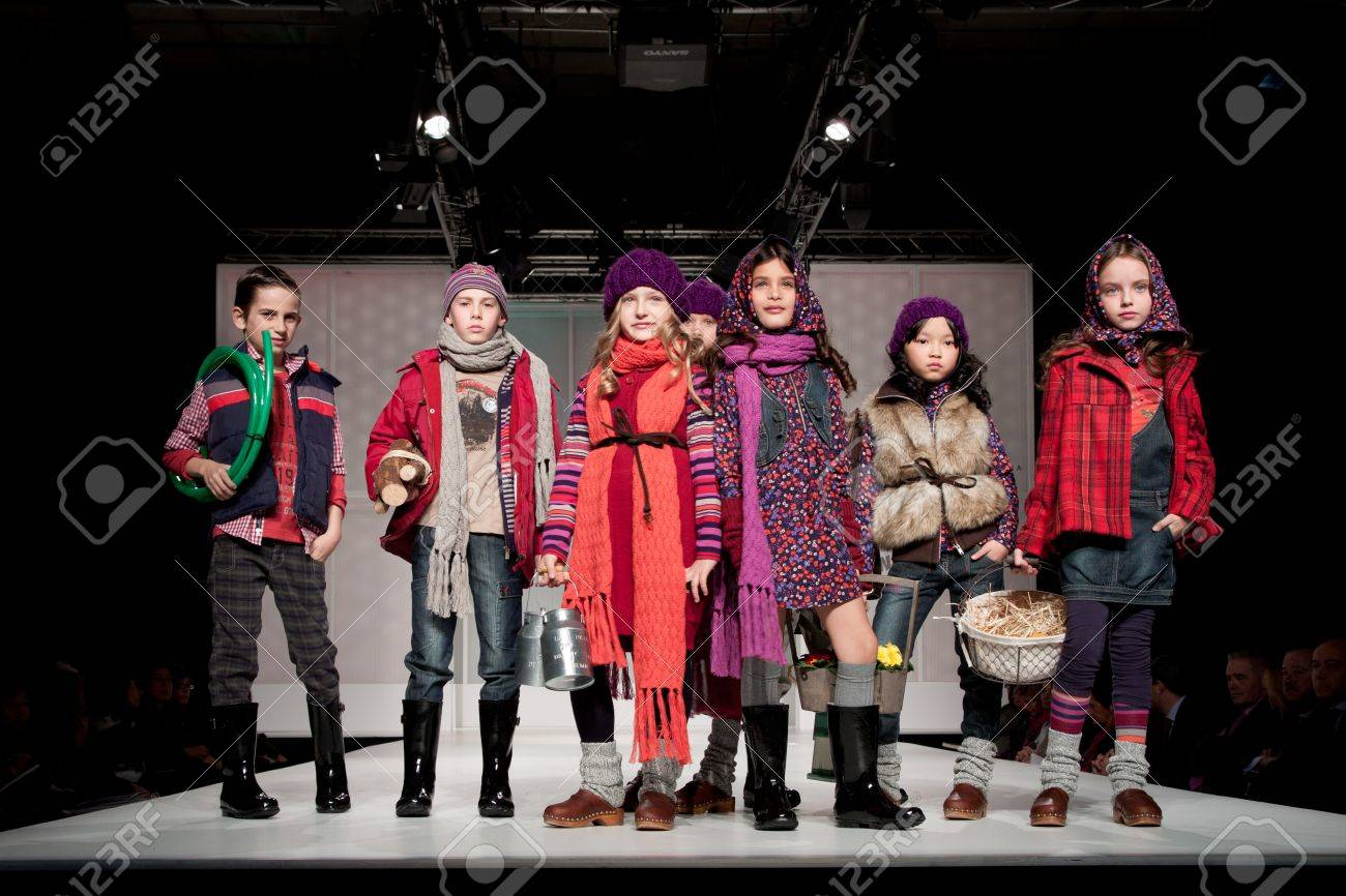 VALENCIA, SPAIN - JANUARY 21: Unknown child models at the FIMI Children's Winter Fashion Show with the designer Boboli on the runway in the Feria Valencia on January 21, 2011 in Valencia, Spain. Stock Photo - 8644789