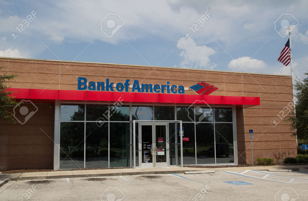 Jacksonville Florida Septemer 14 A Bank Of America Branch Bank Stock Photo Picture And Royalty Free Image Image 22656880