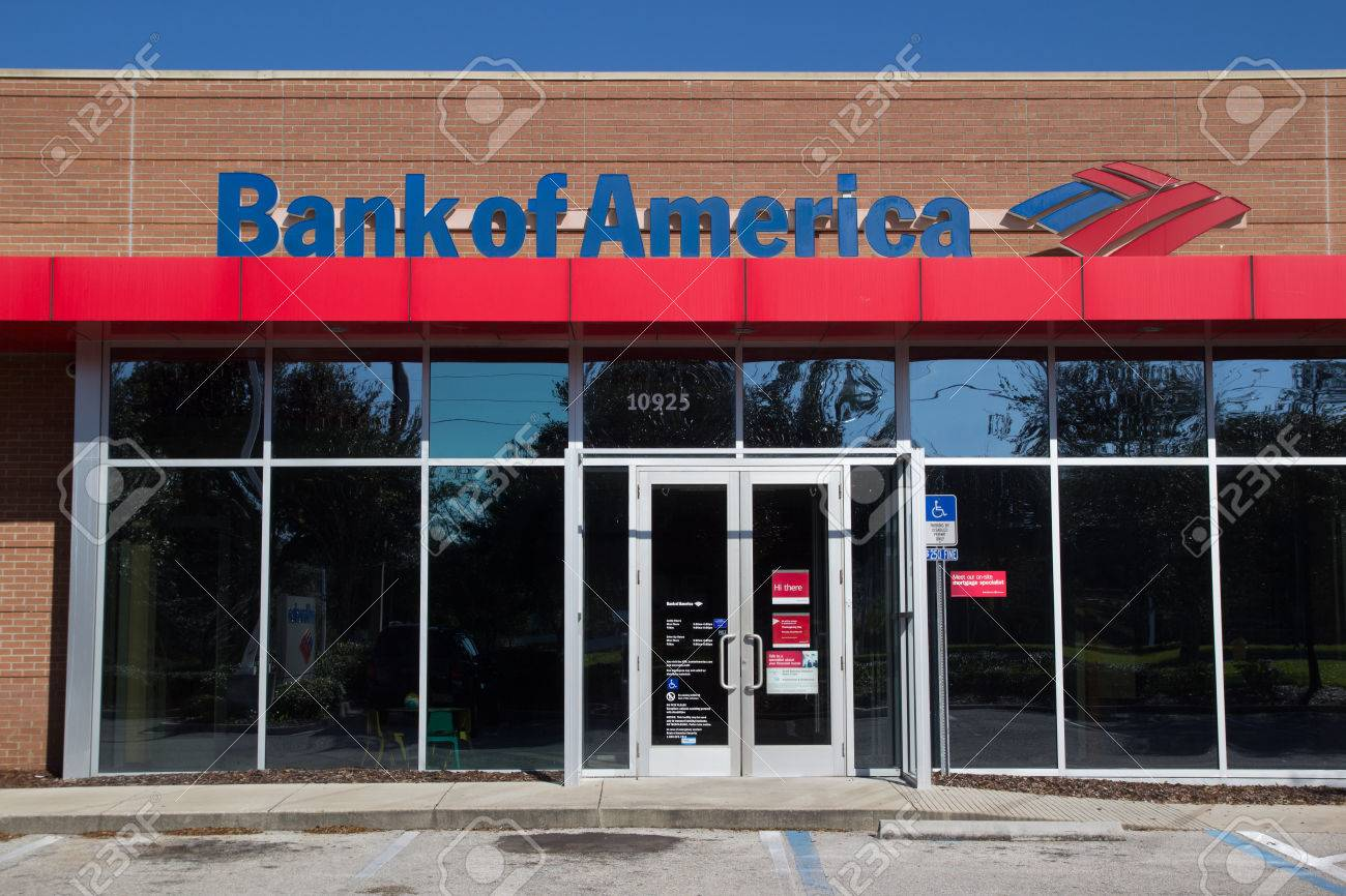 Jacksonville Fl Nov 28 A Bank Of America Branch Bank Located Stock Photo Picture And Royalty Free Image Image 24484234