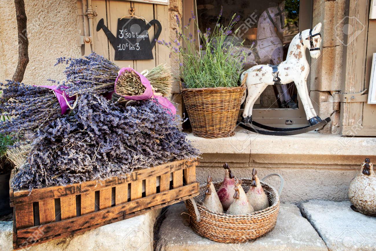 Lavender for sale in Provence, France. - 30204097