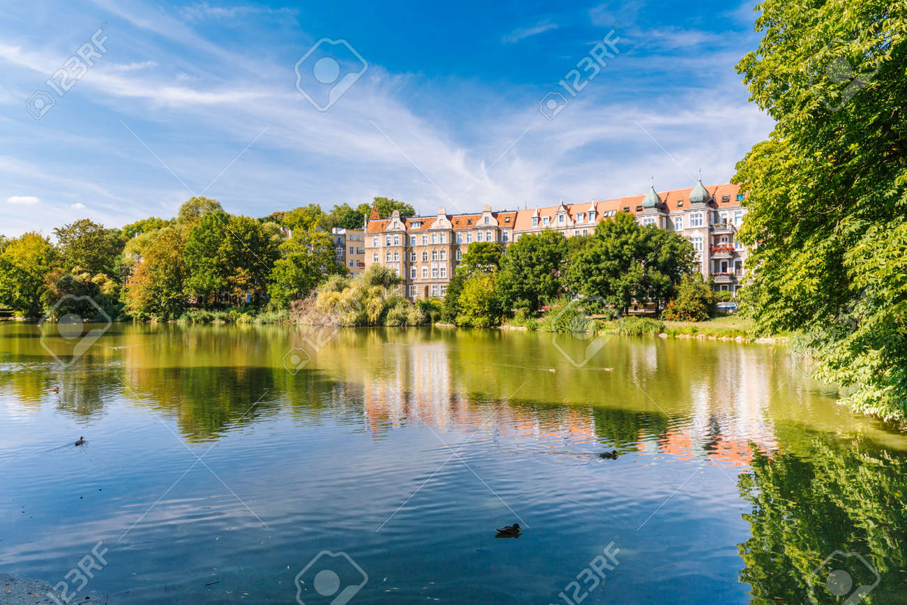 Szczecin. Kasprowicz city park. A place for walks and relaxation for residents - 135731180