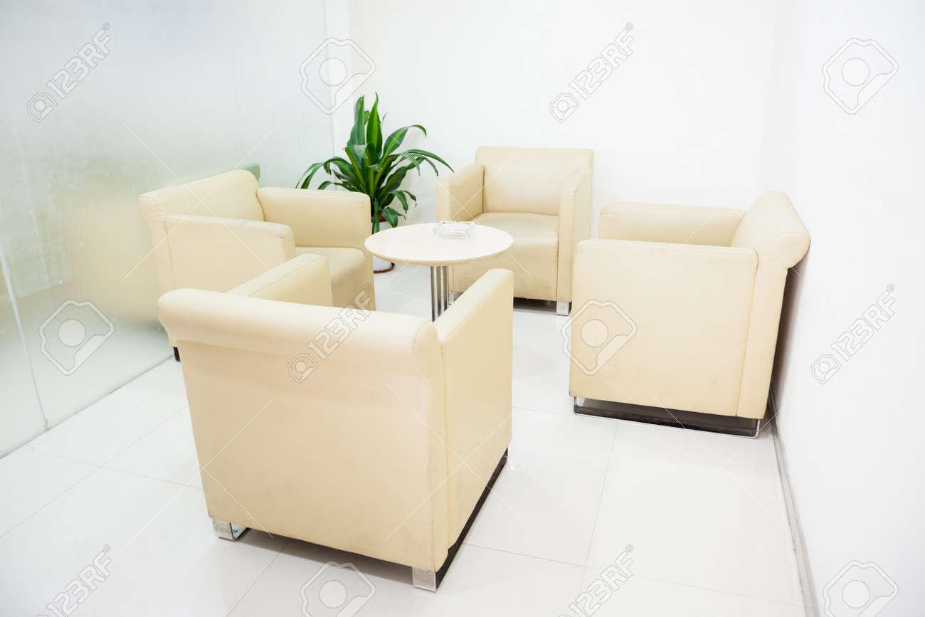 Intérieur Moderne Chambre Simple Petite Réception Banque D\'Images Et ...