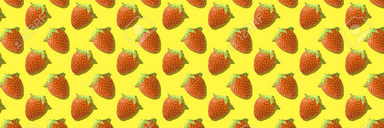 Whole strawberries fruit pattern on yellow color background - 166408031