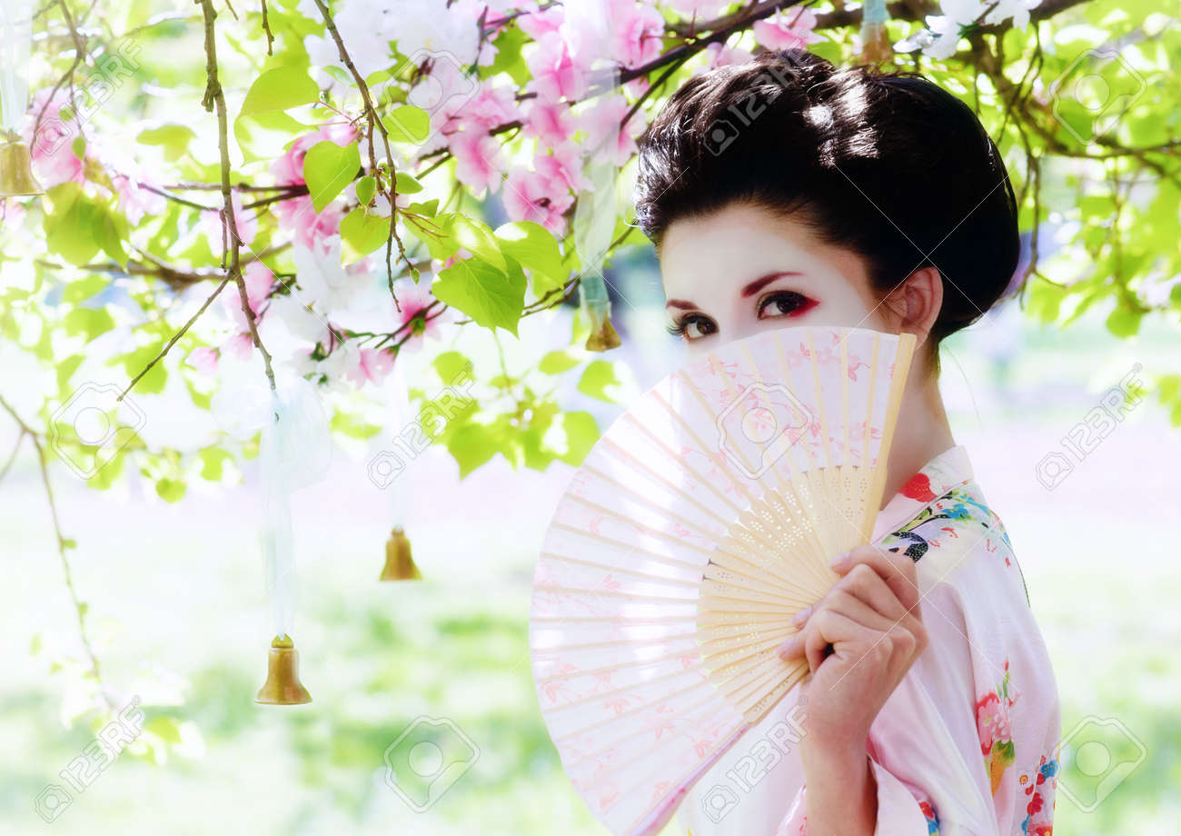 """Résultat de recherche d'images pour """"éventail geisha"""""""