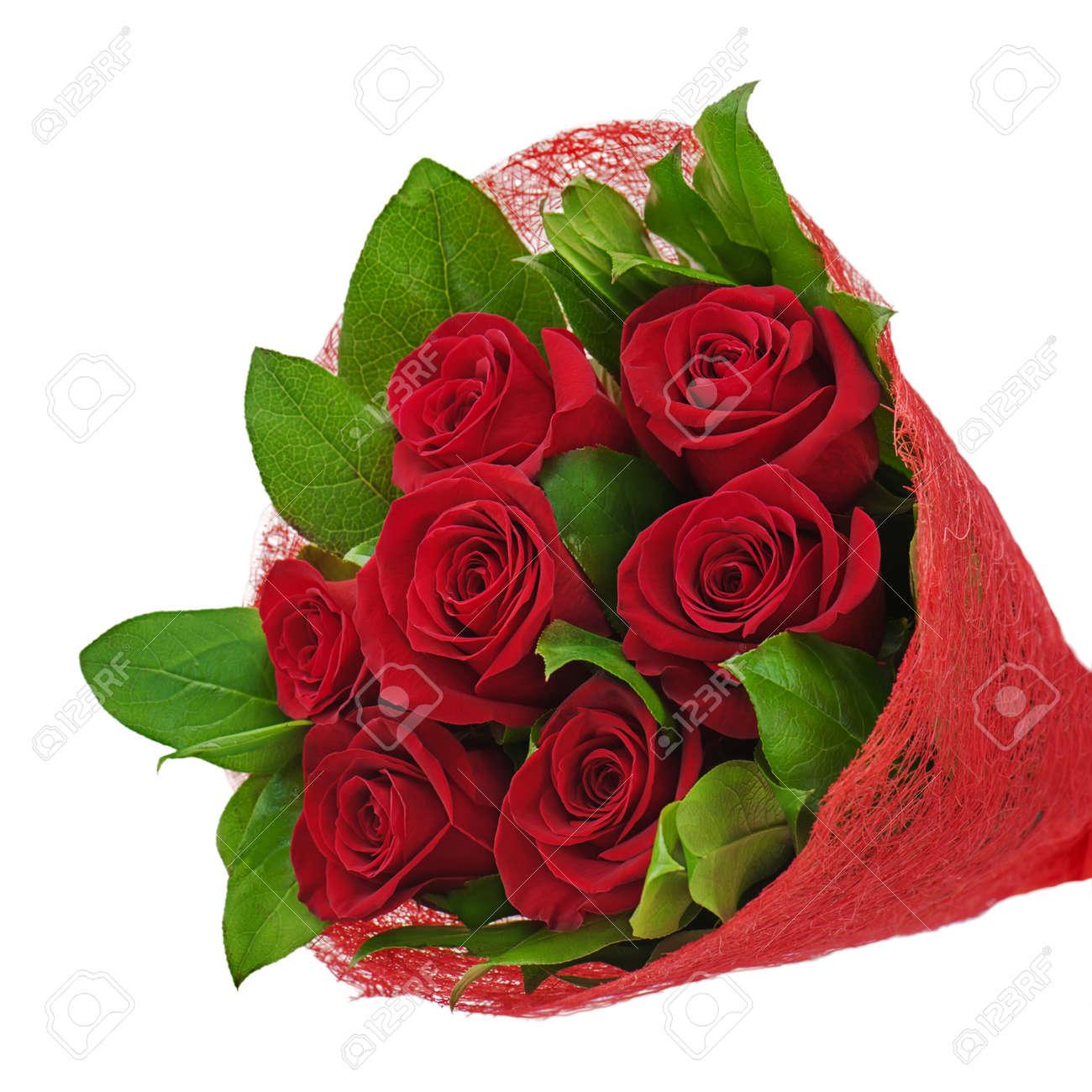 بمناسبة الدكرة السابعة لمنتدنا الغالي احلى دليل 18388547-bouquet-de-fleurs-color-de-roses-rouges-isol-sur-fond-blanc-Banque-d%27images