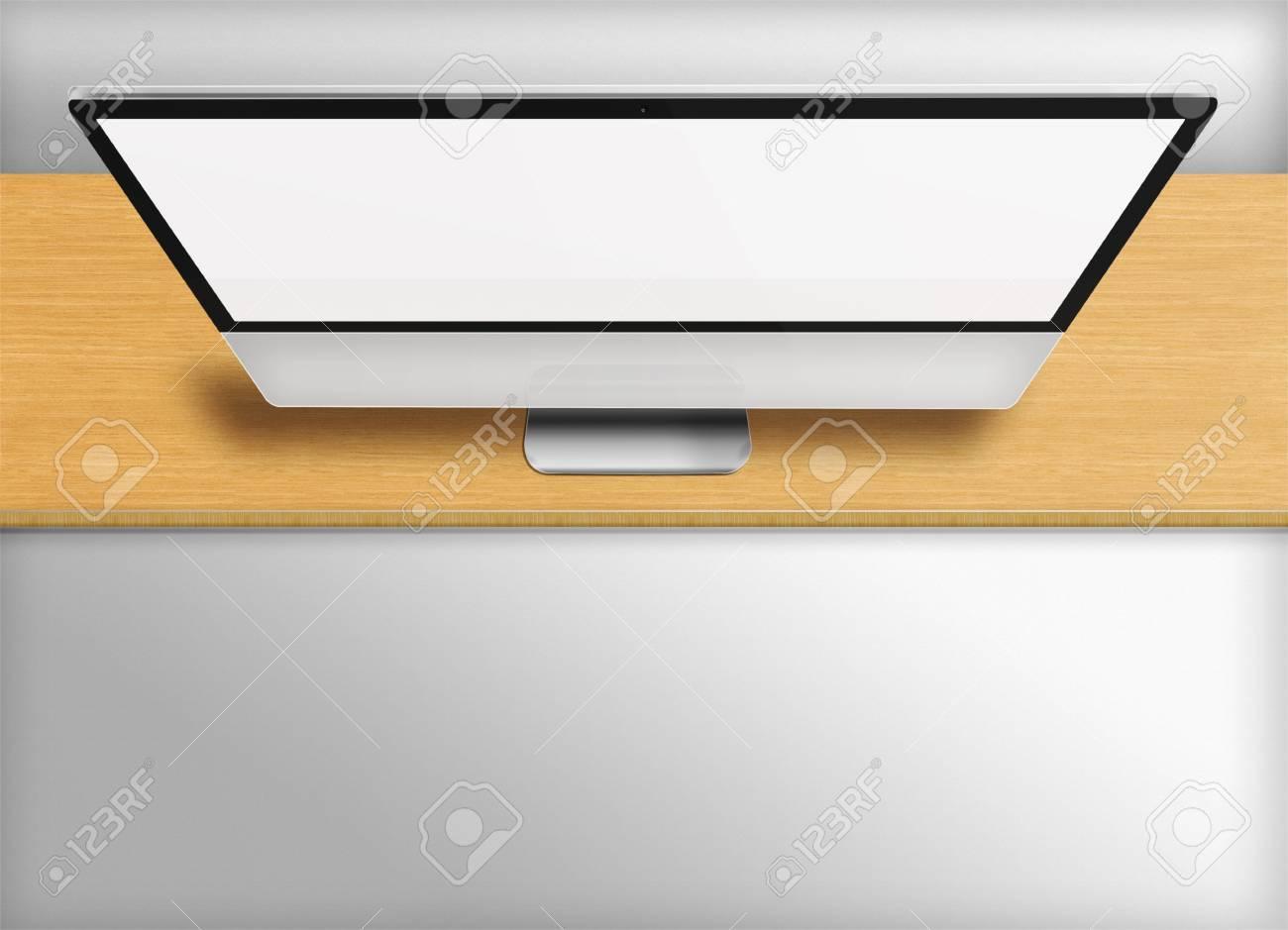 Moniteur de l ordinateur moderne avec écran vide sur le bureau en