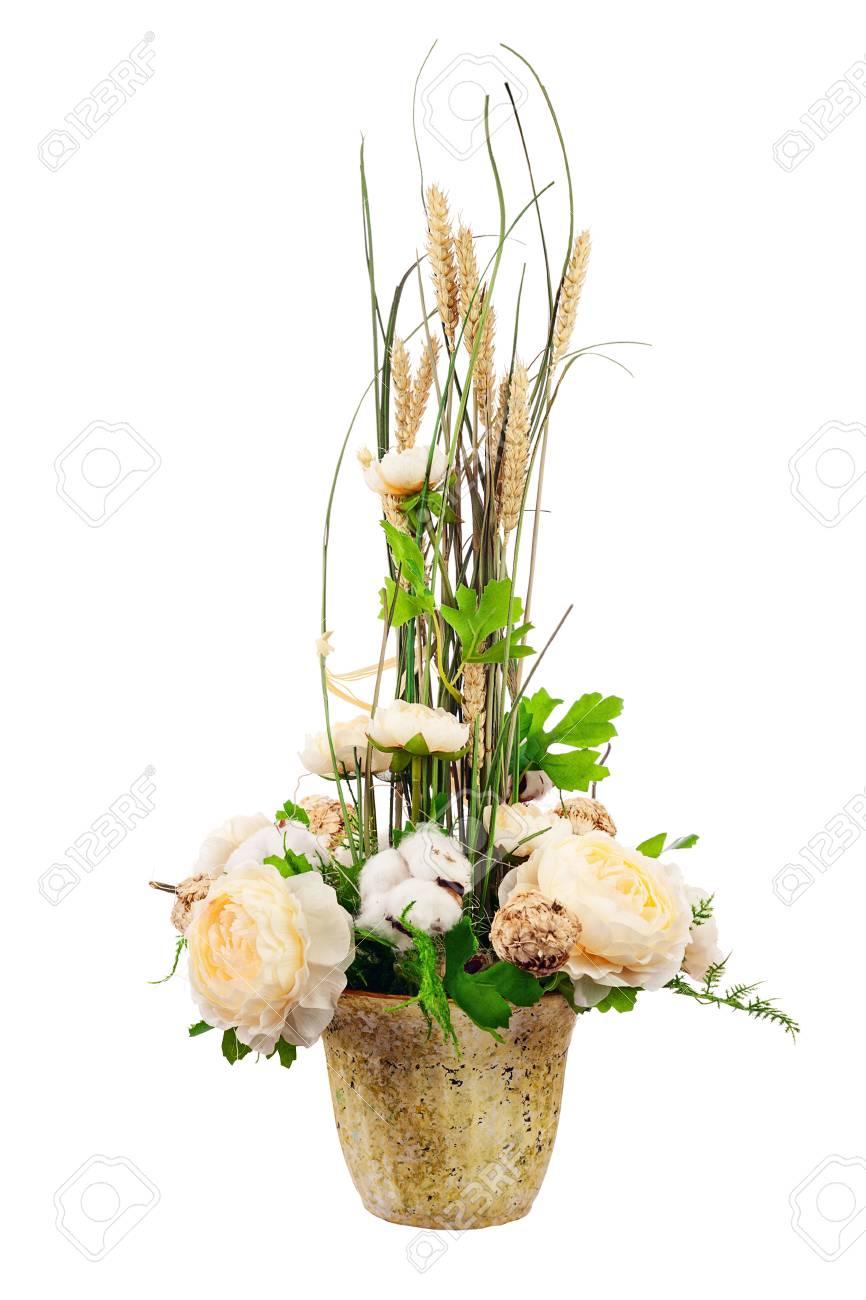 Bouquet De Fleurs De Pivoine Boules De Coton Et Epis De Ble Dans Un
