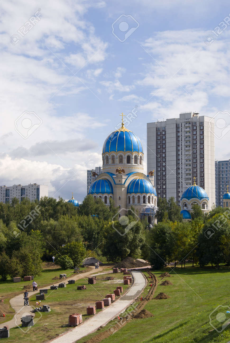 Modern Orthodox church in Moscow Stock Photo - 17205153