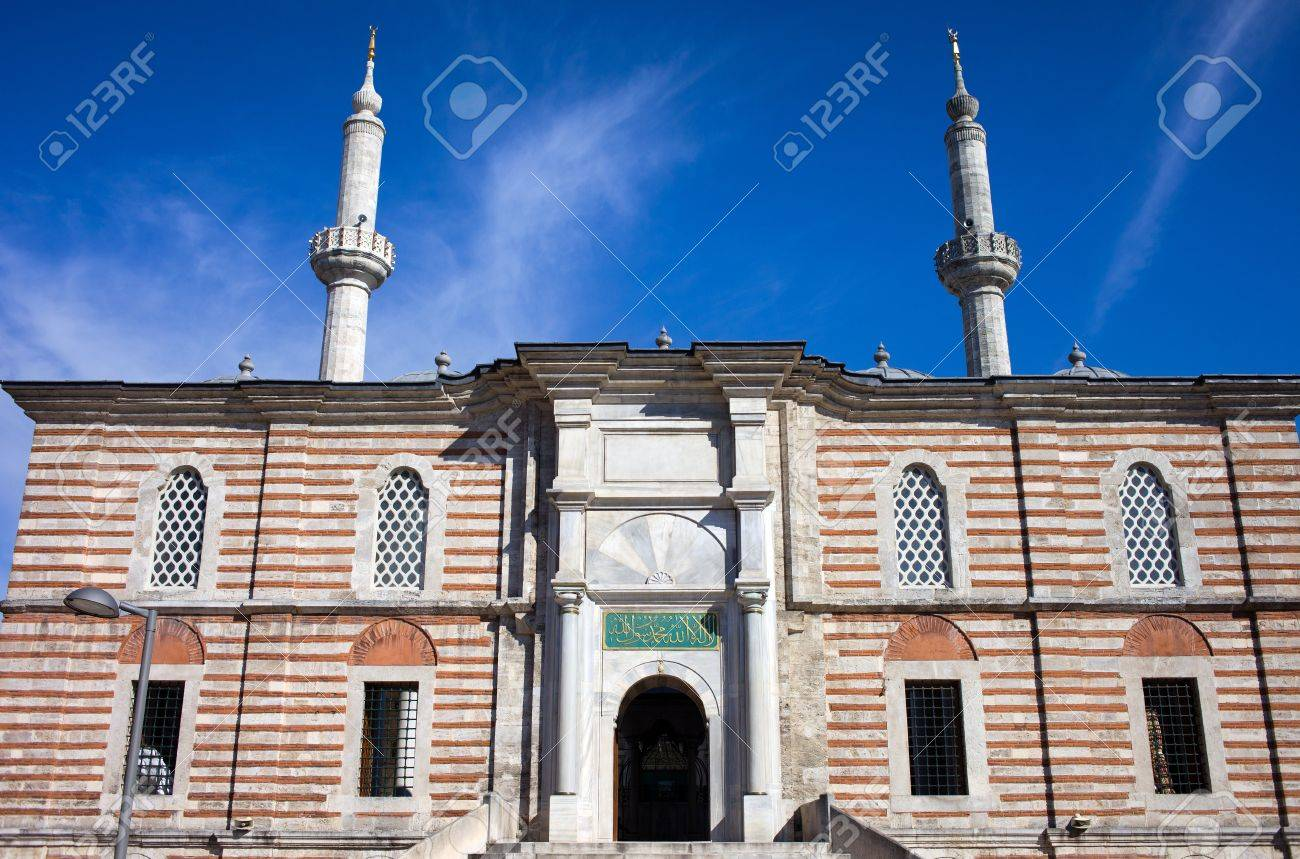 Laleli Mosque also called Tulip Mosque (Turkish: Laleli Camii) baroque style exterior architecture, Ottoman imperial mosque built by Sultan Mustafa III from 1760 Stock Photo - 10199824
