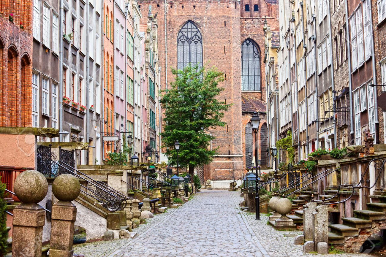 Picturesque Mariacka Street in the Old Town of Gdansk, Poland Stock Photo - 12611804