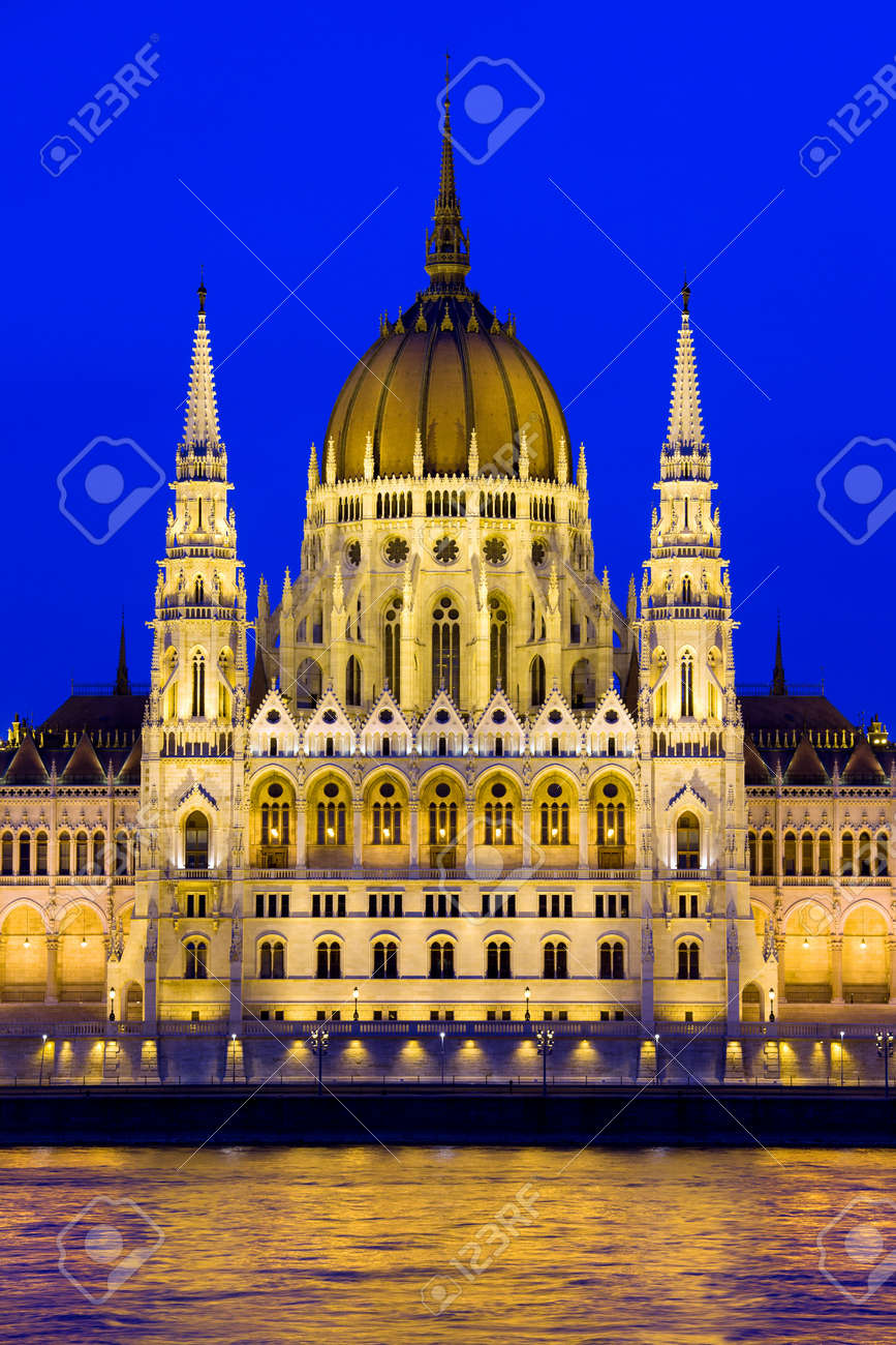 Budapest Parliament building in Hungary at twilight. Stock Photo - 15656562