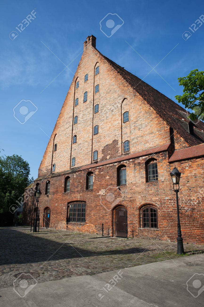 Great Mill (Wielki M?yn) in Gdansk, Poland, Europe, built by the Teutonic Knights in 1350, historical city landmark, medieval brick structure - 62093585