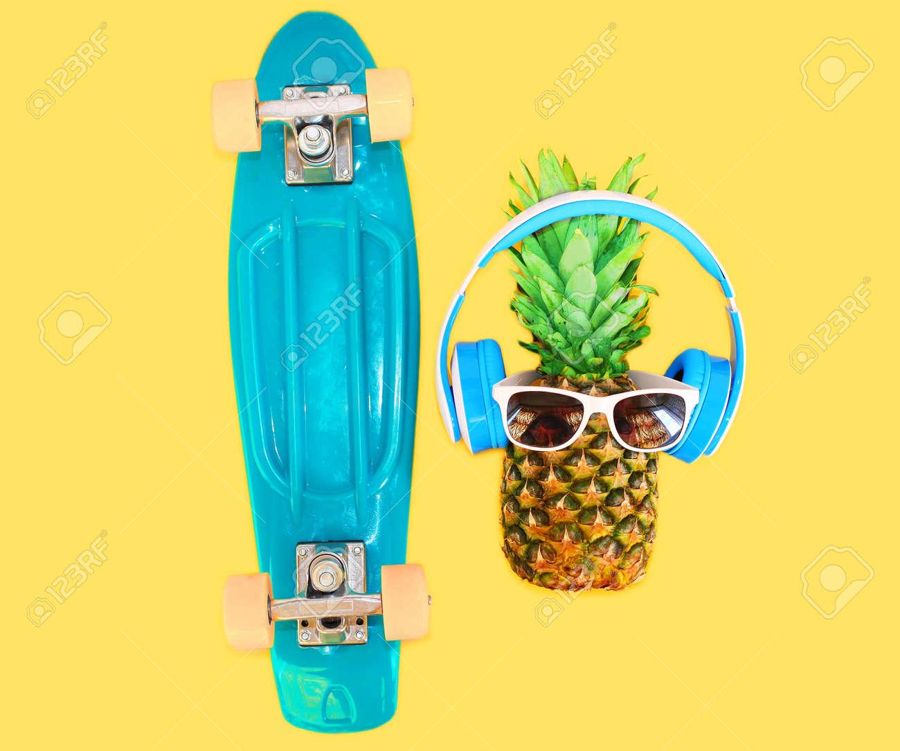 Auriculares Sobre De Sol Amarillo Piña Gafas Fondo Y Skate Con tCxsrQhd