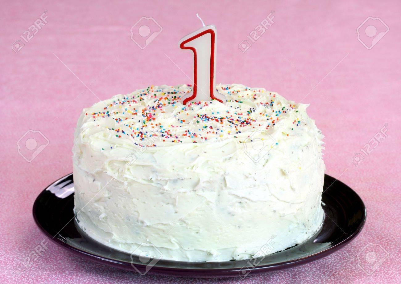 Gâteau D Anniversaire Avec 1 Bougie