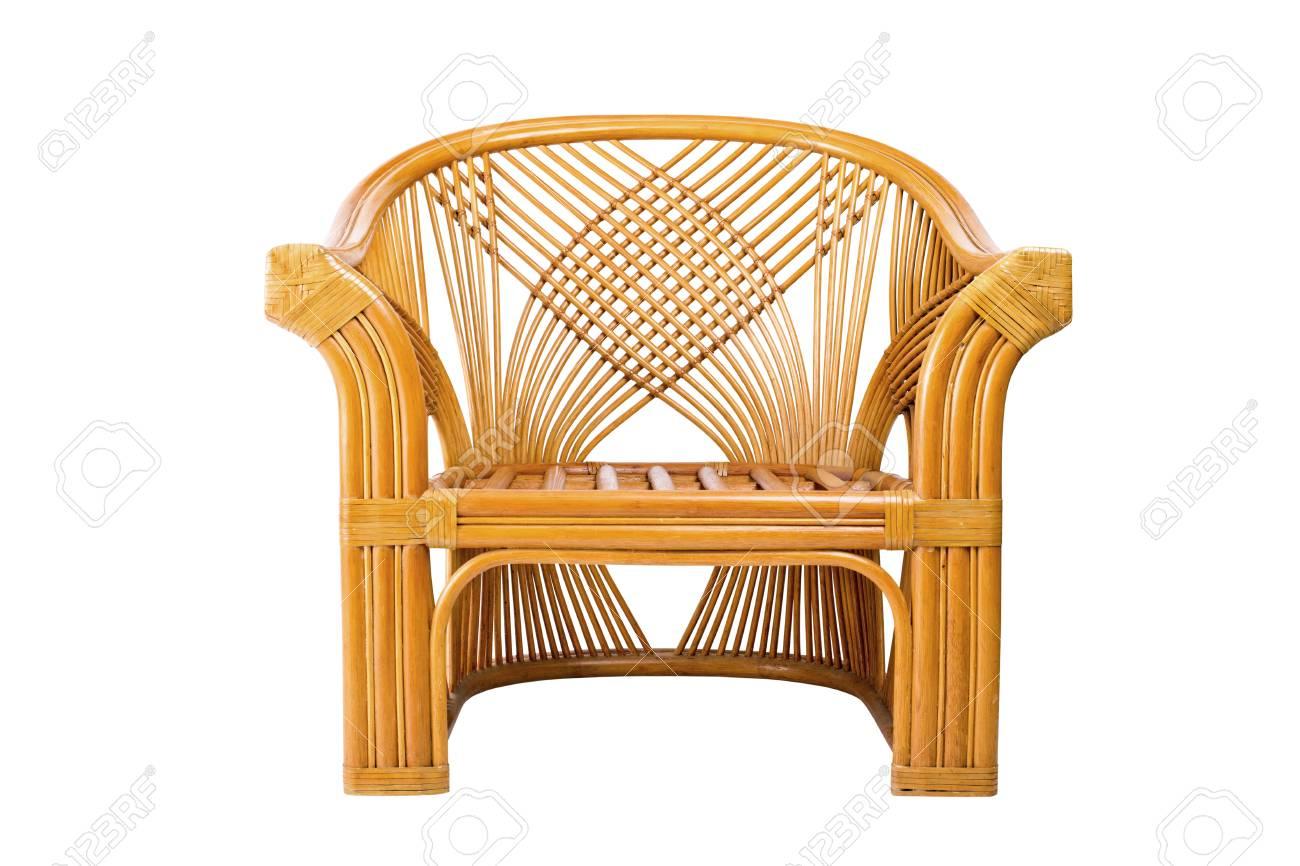 Witte Rieten Stoel : Moderne rieten stoel geïsoleerd op een witte achtergrond royalty