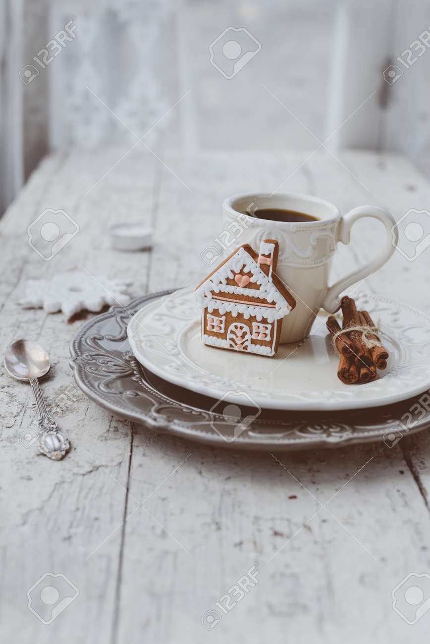 Shabby chic style coffee cup and plate with gingerbread house cookie cinnamon sticks and other : coffee plates decor - pezcame.com