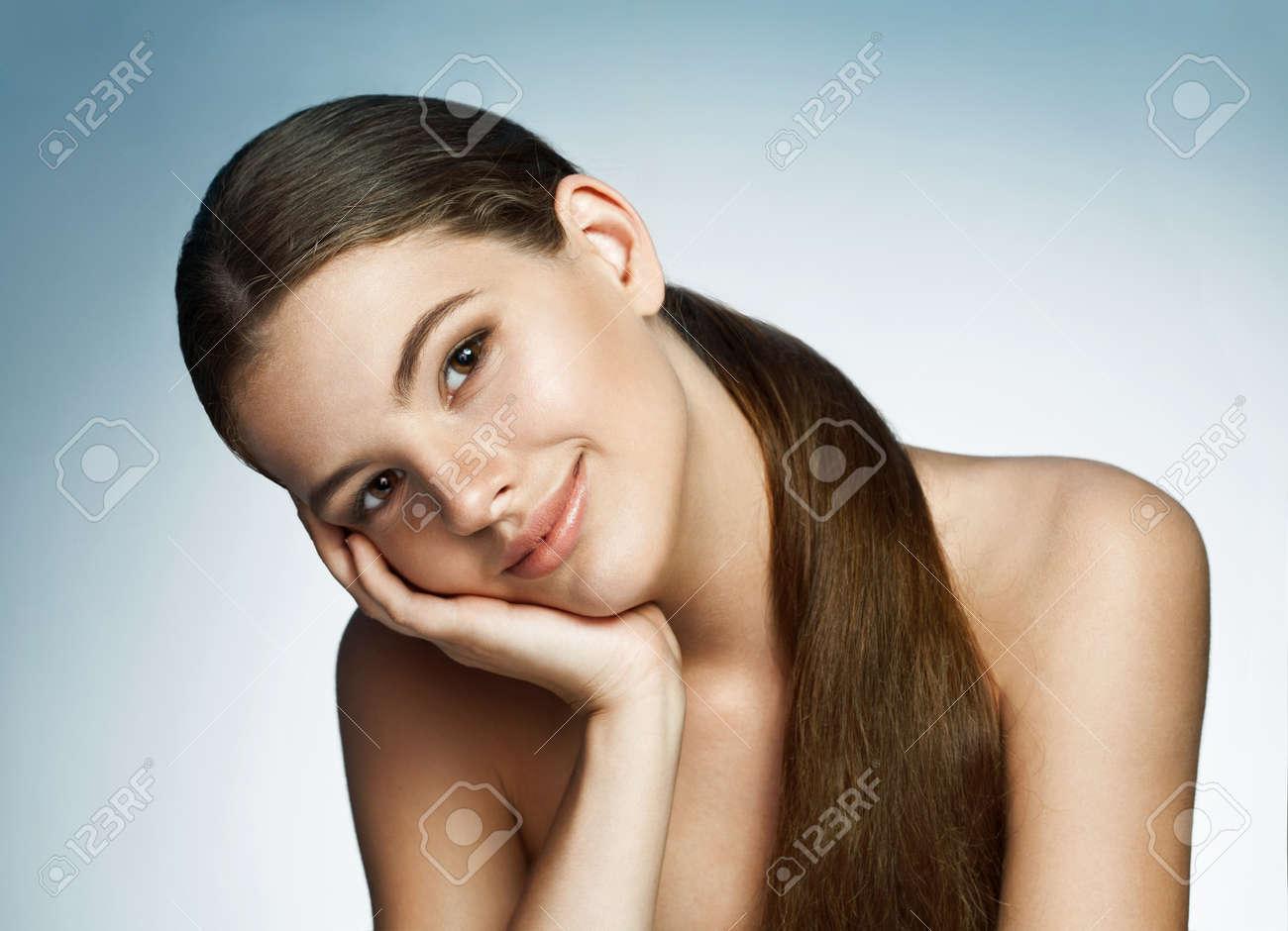 gorgeous latina girls