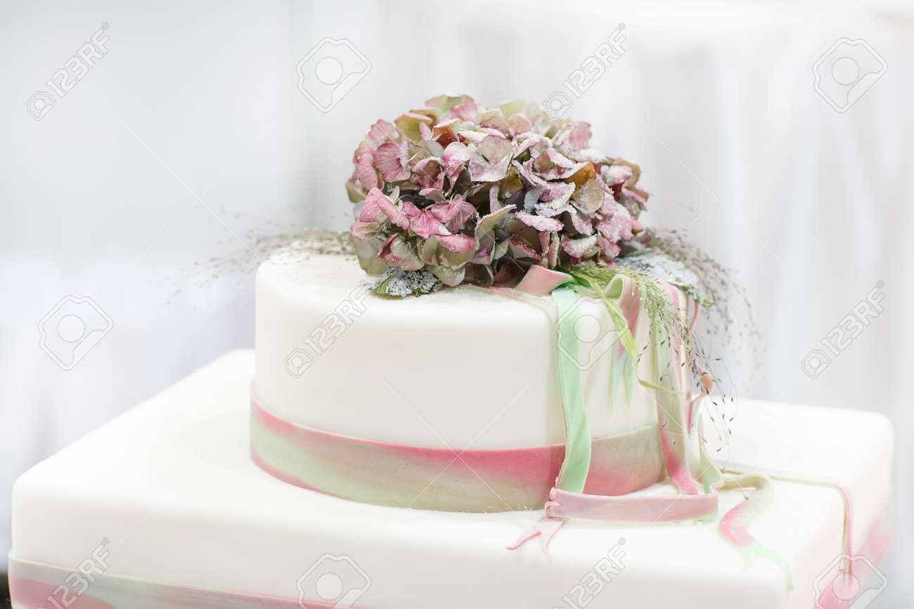Wedding Cake In White, Green And Rose With Sugared Flowers For ...