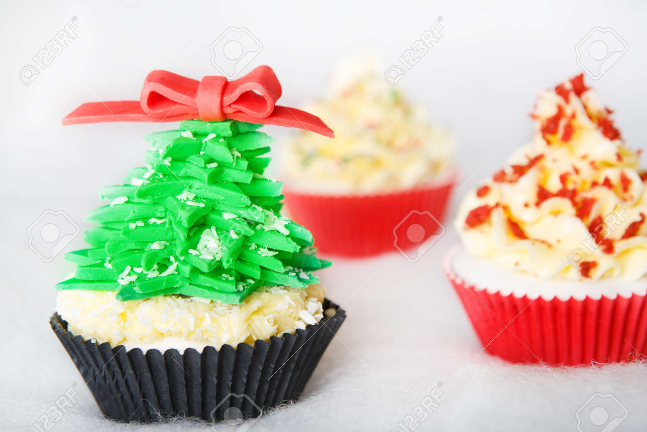 Christmas cupcake with white fondant Stock Photo - 24451621