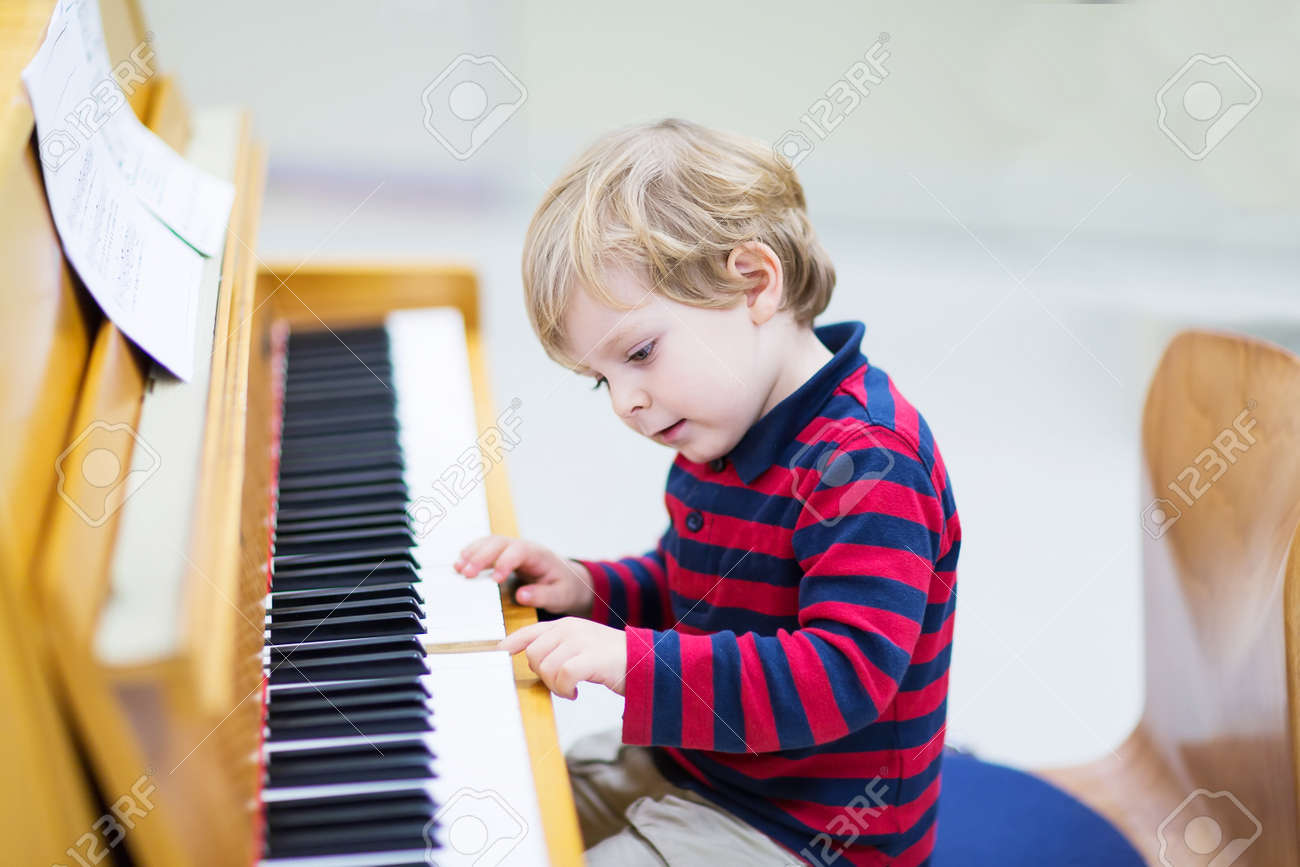 toddler stock photos u0026 pictures royalty free toddler images and