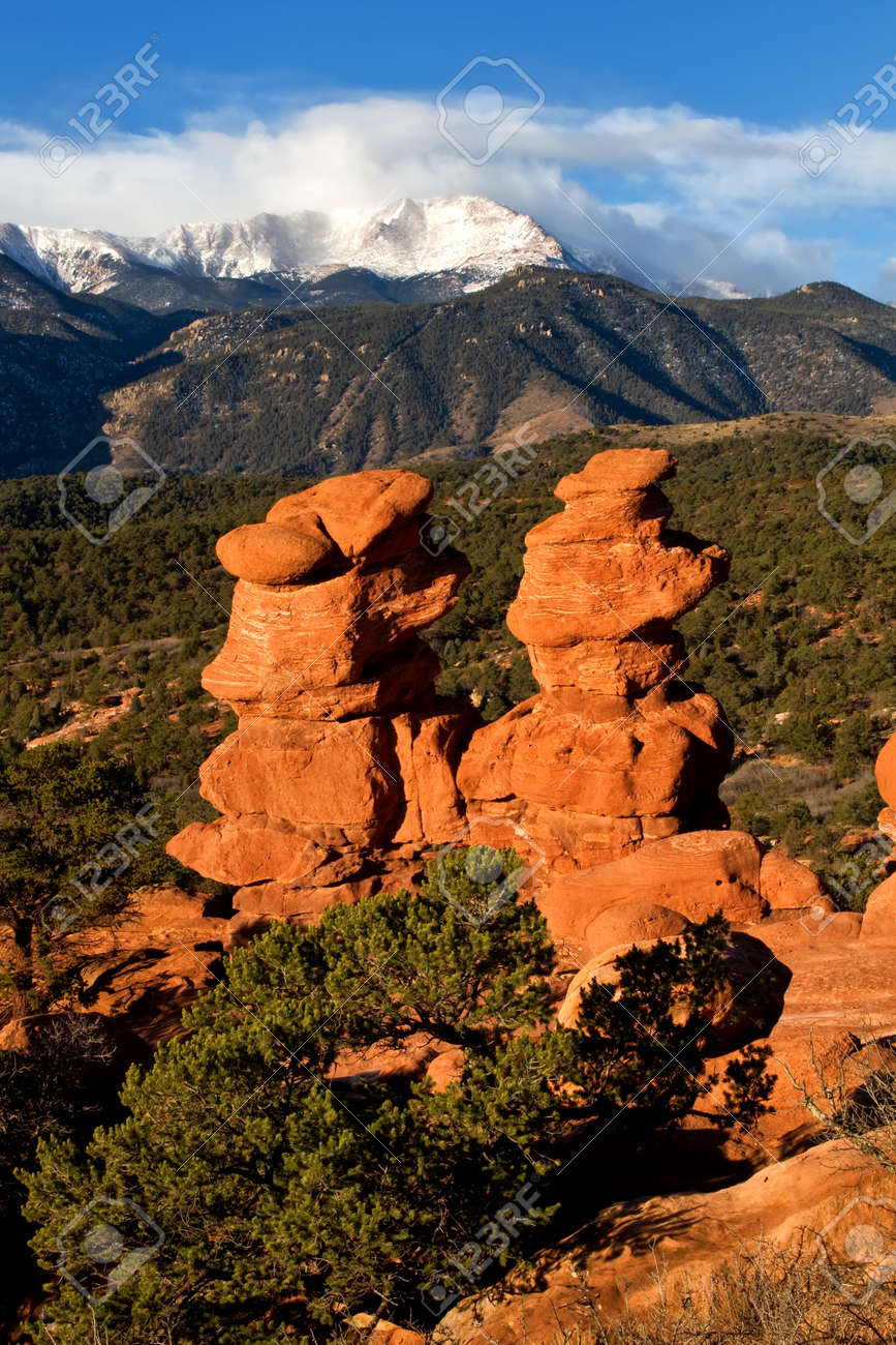 Pikes Peak Overlooking The Rock Formations At Garden Of The Gods ...