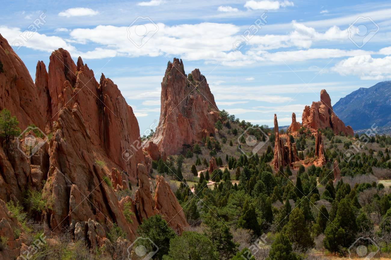 The Classic Overlook View Of Garden Of The Gods In Colorado Springs ...