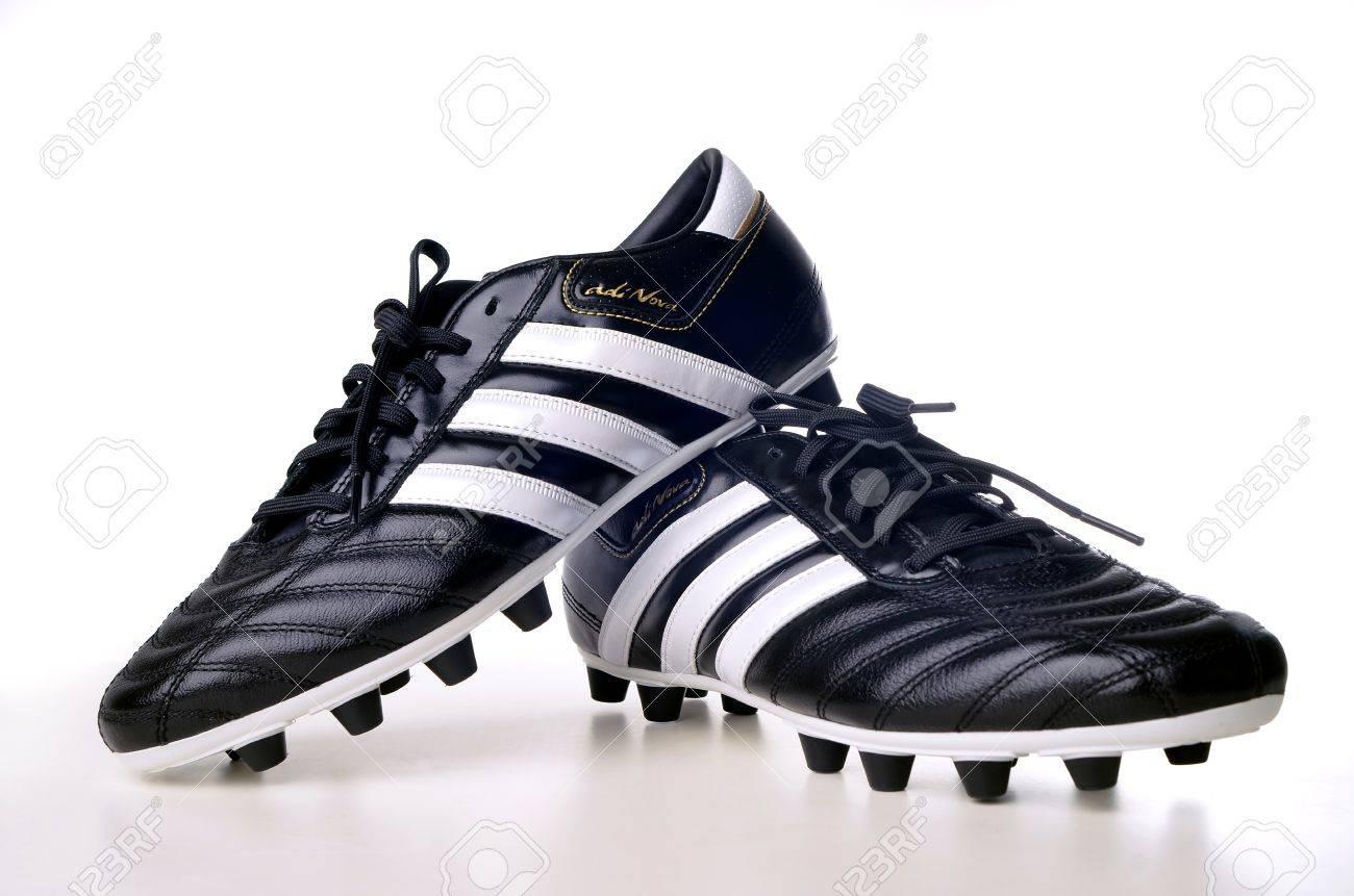 adidas futbol nova