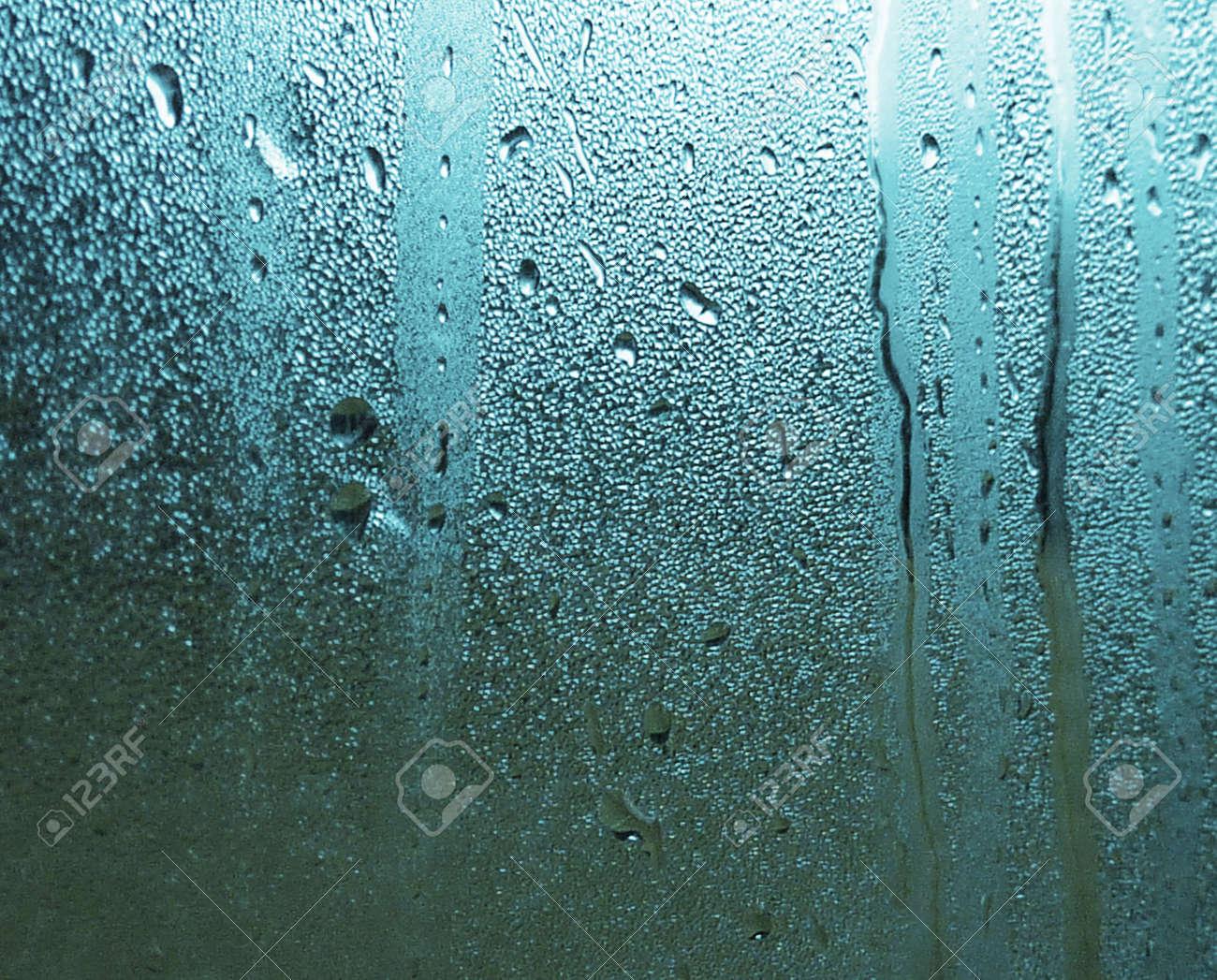 Wassertropfen Auf Fenster Beschlagen Ideal Fur Hintergrund Und