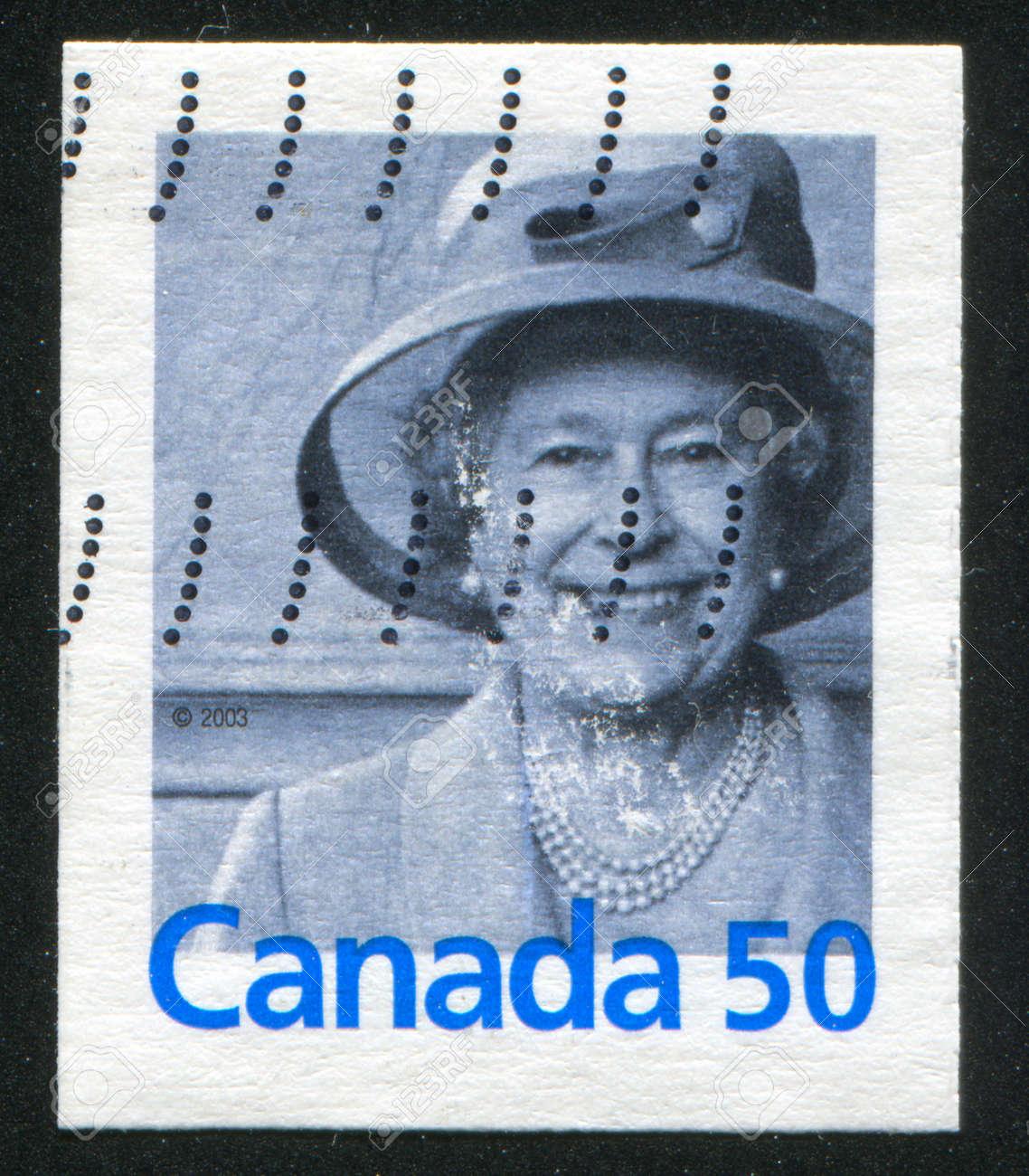 CANADA - CIRCA 2004: stamp printed by Canada, shows Quenne Elizabeth II, circa 2004 Stock Photo - 9834308