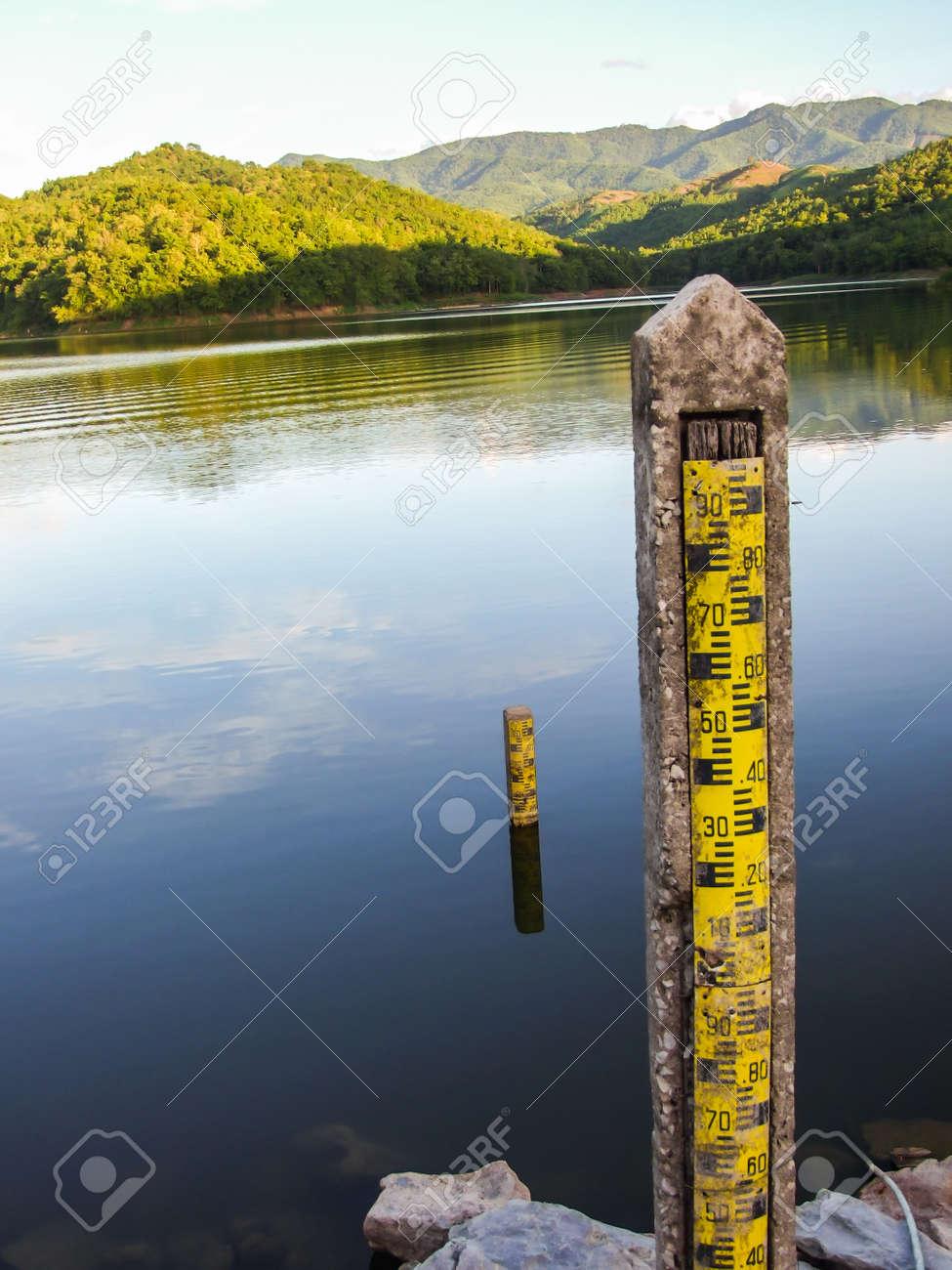 water level indicators at dam Stock Photo - 21849367