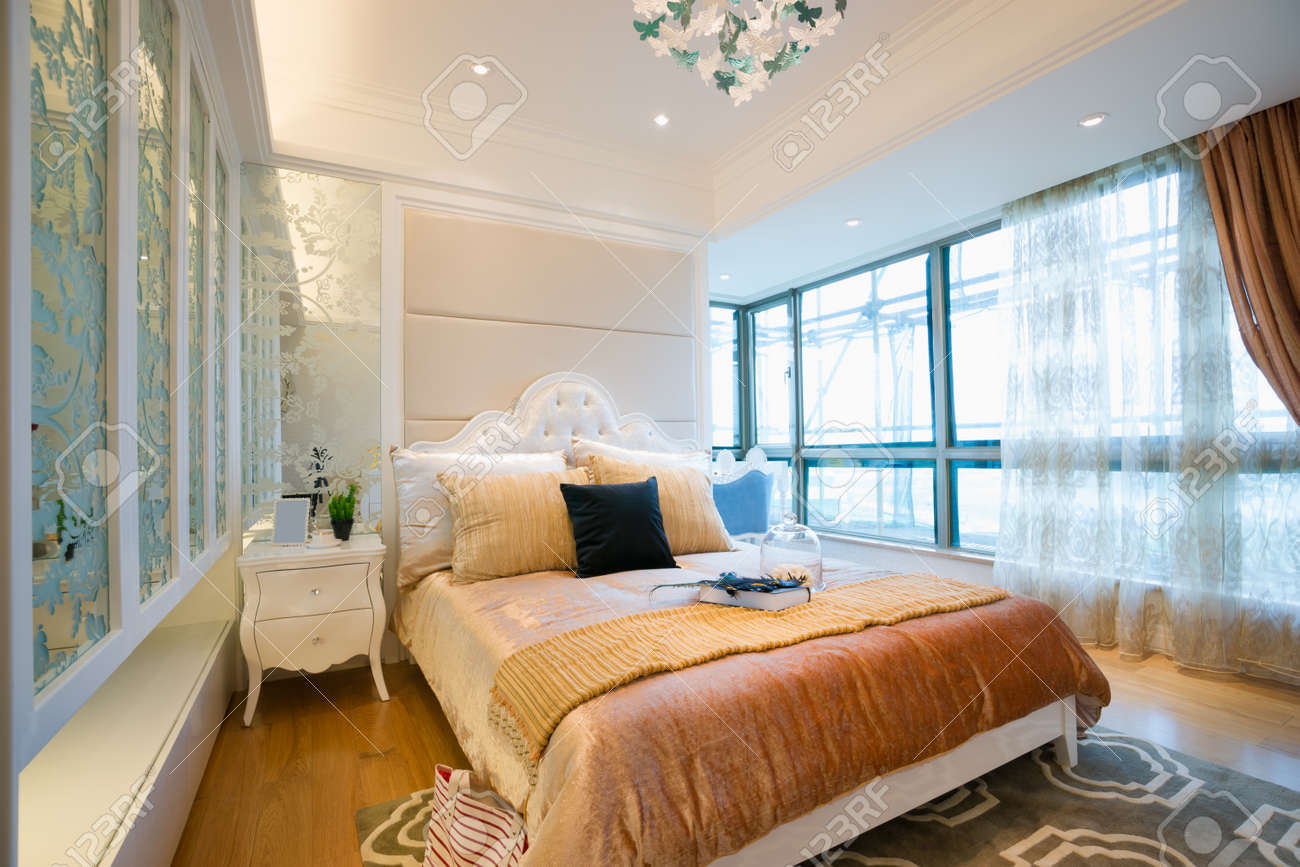 the bedroom with luxury decoration Standard-Bild - 20024098